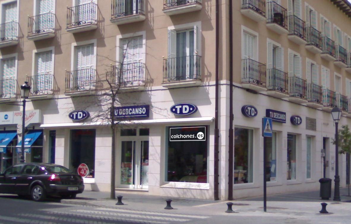 Tiendas De Muebles En Aranjuez : Somos distribuidores de los sofás chaise longues